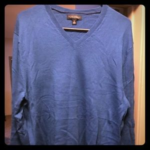 XL v neck merino wool sweater by Banana Republic